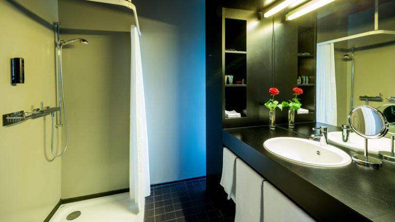 Design Room Bad mit Dusche